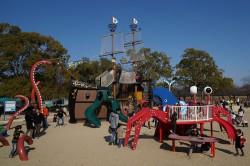万博公園の遊具