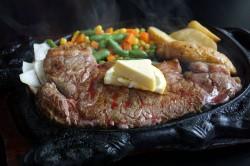 ハイウェイ食堂のステーキ