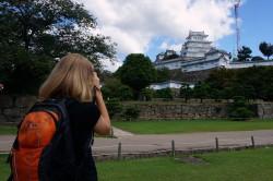 姫路城を撮るルーシー