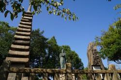 住吉神社の清盛塚と琵琶塚