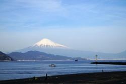 三保から見る富士山