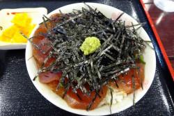 海人食堂のマグロづけ丼