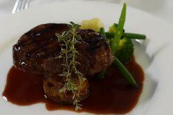 ブラックアンガス牛フィレ肉のグリル