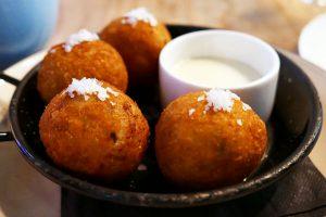 Crispy Mozzarella Risotto Balls