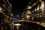 冬の銀山温泉夜景