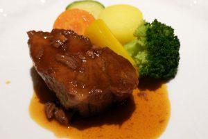 オーベルジュ 銀のテラスの夕食 肉料理