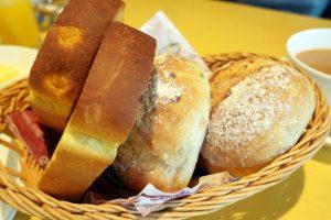 オーベルジュ 銀のテラスの朝食 パン